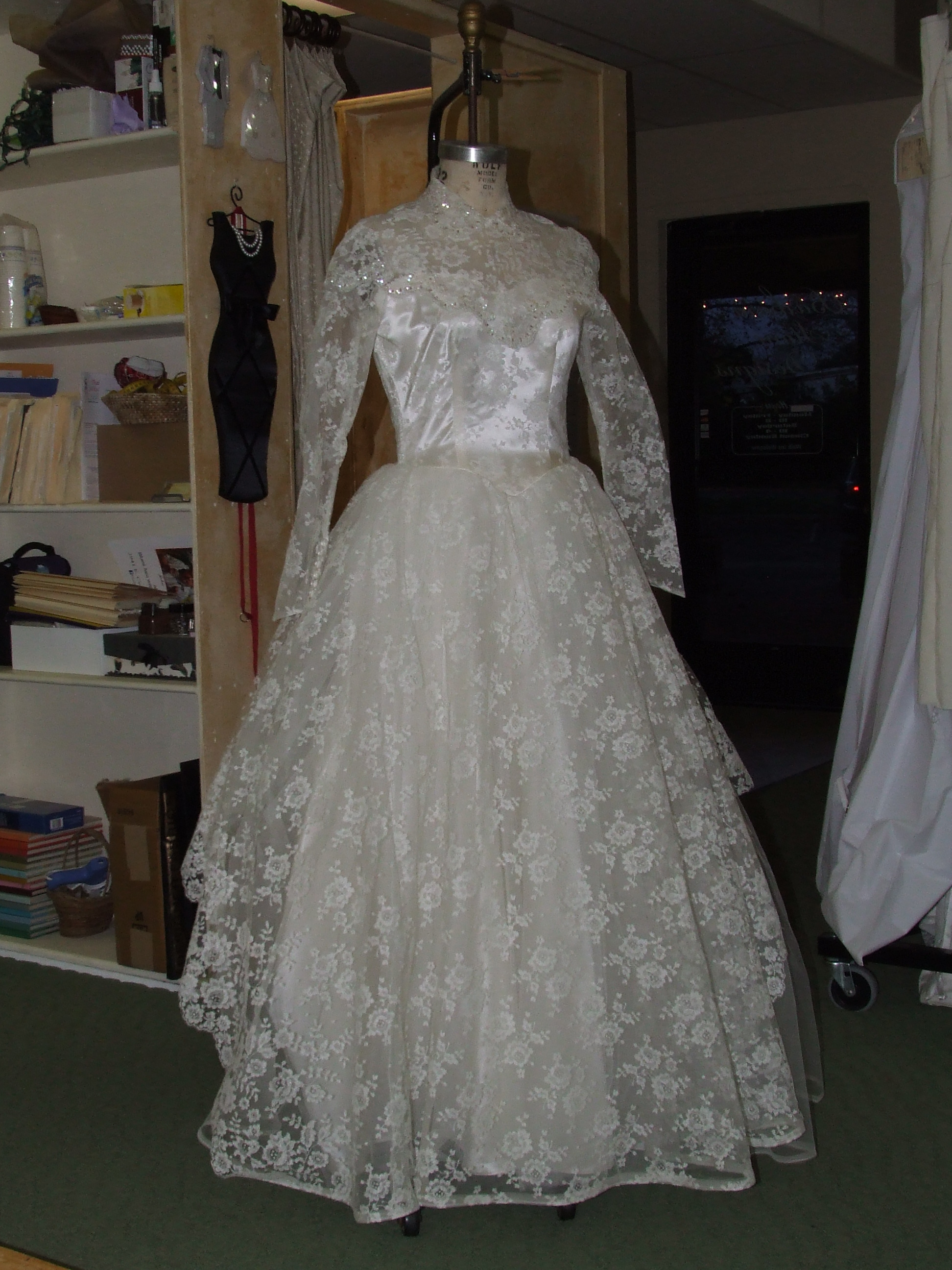 Wedding gowns archives barbara stone designs for Wedding dresses northern california